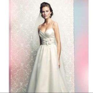 *SOLD* Mikaella destination wedding gown